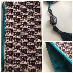 Datura Art Handmade Global Artisans Cat zip pouch